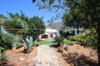 Villa mit Ausbaupotential und herrlichem Blick auf das azurblaue Mittelmeer am Monte Pego - Mediterrane Oase